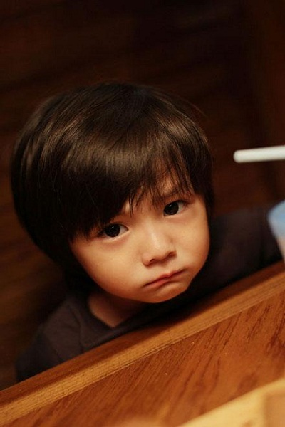 qq男生头像可爱萌的小孩子_男生皮肤_剑速网
