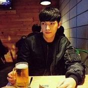 清新帅气的qq男生头像精选十六张