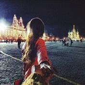 世界那么大我想和你去看看旅行牵手情侣头像