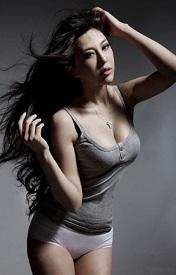 性感女神王李丹妮霸�馄つw精�x八��